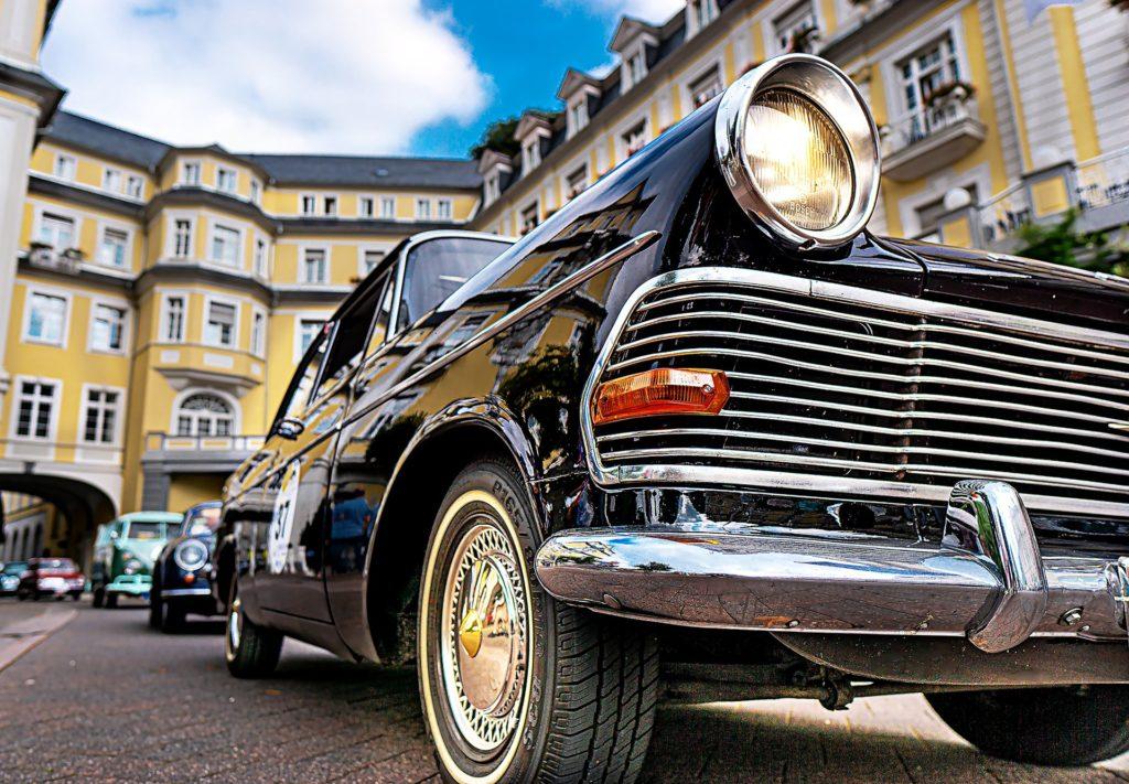 滅茶安い!ドイツ式 車の売買方法の利点とリスク