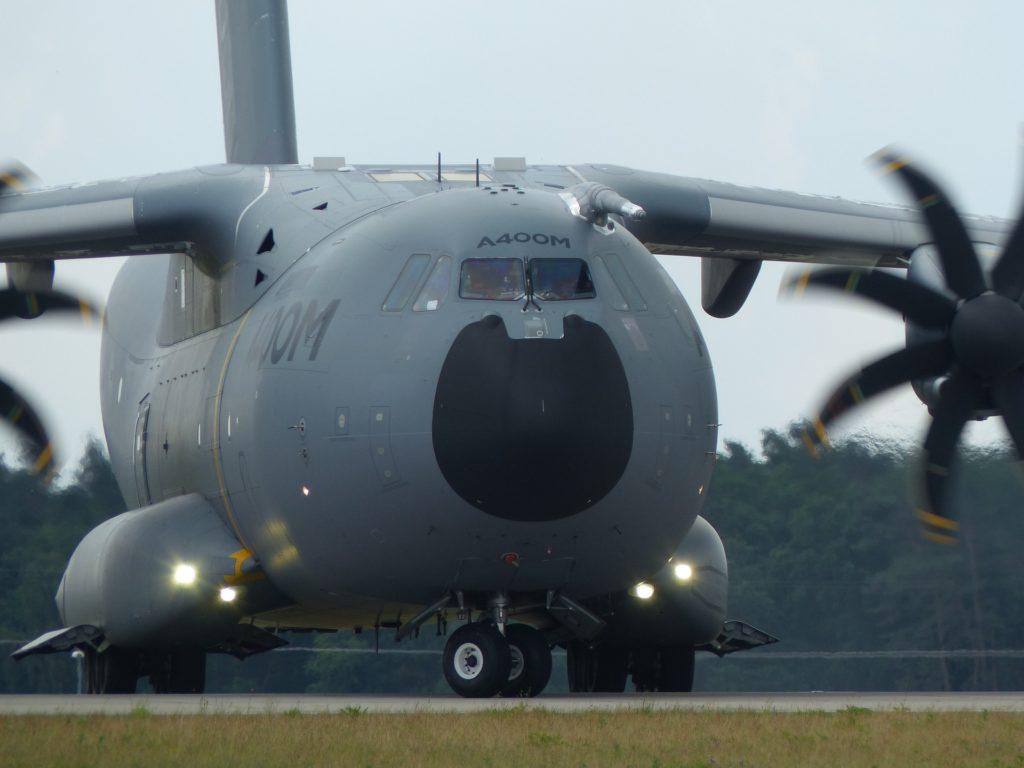 A400Mは欠陥機?- エアバスの山積する問題
