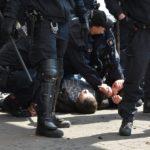 中東系大家族による組織犯罪 vs. 警察の取り締まり攻勢