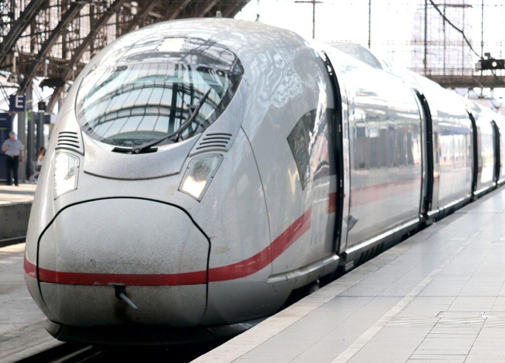 エジプトの新幹線はドイツ製に決まり!